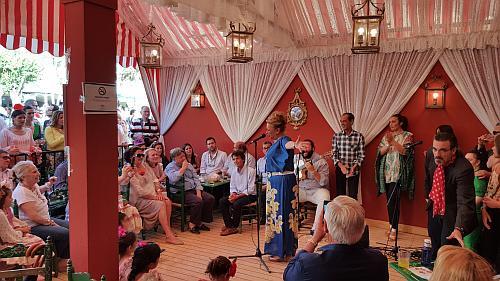 Flamenco de Jerez in einem Stand in der Feria