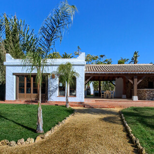 Exterior View of Hacienda Roche Viejo- Accommodation Flamenco Villas in Conil